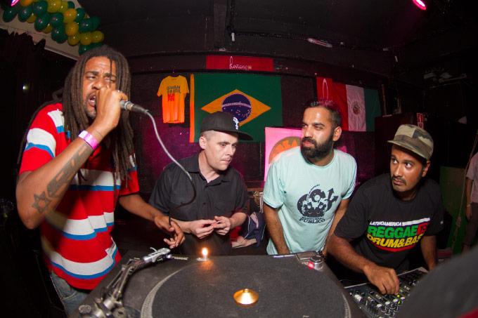 Jeru Banto e YT deram suas contribuições à apresentação do Reggae Rajahs.