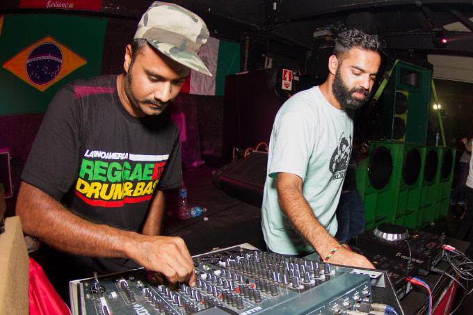 Reggae Rajahs, o primeiro sound system da Índia, em mais uma das grande noites internacionais que o Digitaldubs tem proporcionado no Leviano Bar da Lapa, às segundas.