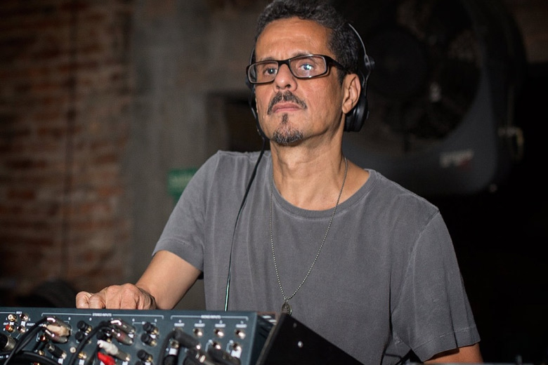 Calbuque acompanhou Marcelinho da Lua, e eles foram os reponsáveis por fechar a pista Sound na primeira noite, e deixaram geral dançando até de manhã com seu set pegado de jungle e drum and bass. Foto: Radio Layback
