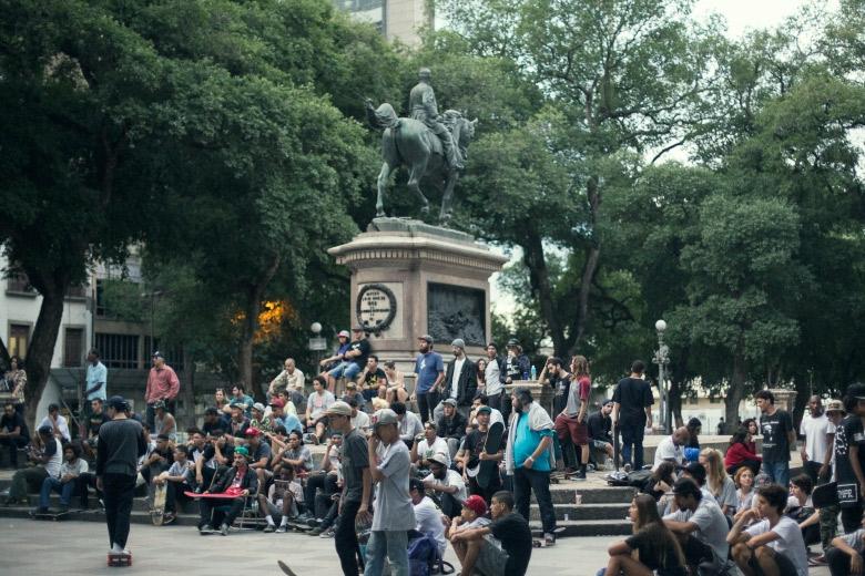 Praça XV bombando. Foto: Layback