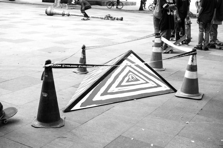 #VolcomSpot edição RJ sendo inaugurado na Praça XV. Foto: Fabiano Rodrigues