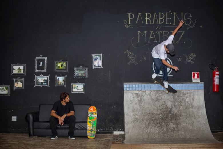 Enxaqueca, Bs Smith no quarterzinho da Matriz Skate Spot. Foto: Myara/Layback