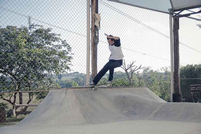 Ricardo Dexter, Fs Tailslide. Foto: Rodrigo Kbça